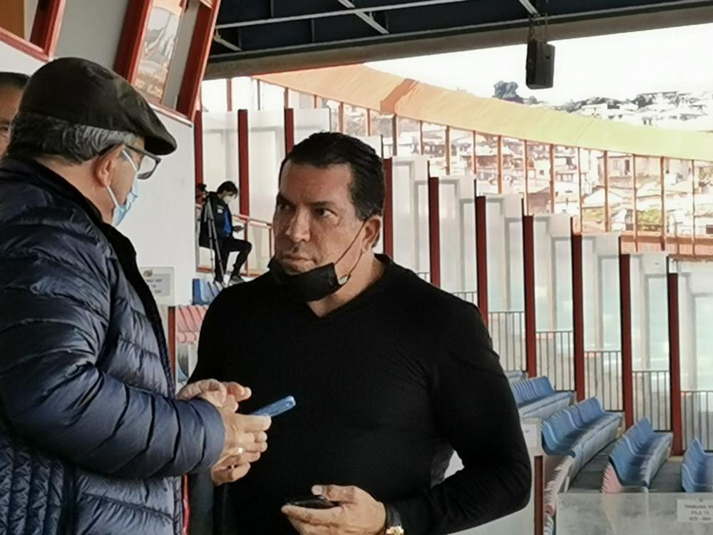 Joe Tacopina in tribuna al Massimino